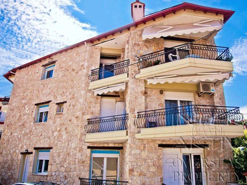 дома в греции цены